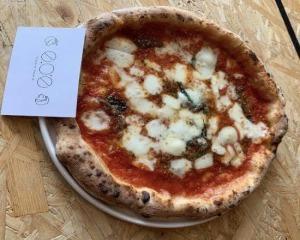 Pizzeria Osteria e.o.e ピッツァリア オステリアの商品